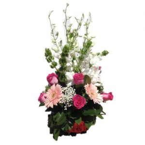 Center Piece with pink flowers and green