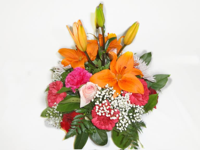 Basquet Bouquet with 6 Roses, 7 carnations, 2 Spiders, Lilies, Baby Breath, Lemon Leaves